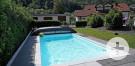Gartenanlage mit Swimmingpool